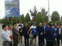 سرپرست گروه دوچرخه سواری از مرز آستارا تا باکو گفت: این گروه با شعار صلح در دست های ماست، مسافت 350 کیلومتری آستارا تا پایتخت جمهوری آذربایجان را در سه روز