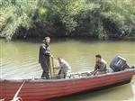 پاکسازی رودخانه سطح لنگرود ازادوات صیدغیرمجاز، مأمورین حفاظت اداره محیط زیست،اقدام به اجرای عملیات گشت وکنترل پیاده در طول مسیر شلمانرود لنگرود نمودند