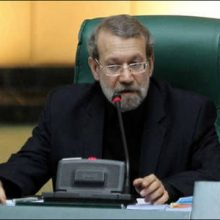 رئیس مجلس شورای اسلامی از مهلت یک هفتهای قوه مقننه به بانک مرکزی برای حل هرچه سریعتر مشکل سپردهگزاران موسسات مالی و اعتباری سخن گفت.