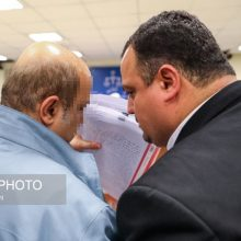 سومین جلسه رسیدگی به اتهامات دو متهم پرونده موسوم به فساد نفتی در شعبه 28 دادگاه انقلاب با حضوردو متهم پرونده،وکلای مدافع آنها،وکلای شرکت نفت، وکلای بانک...