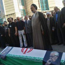 از ساعتی پیش برخی از فعالان سیاسی برای شرکت در مراسم تشییع پیکر ابراهیم یزدی دبیر کل نهضت آزادی در حسینیه ارشاد حاضر شدند.