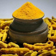 """مطالعات انجام شده در آمریکا نشان میدهد """"کورکومین"""" که عصاره طبیعی زردچوبه است میتواند همچون عامل پیوست به شیمی درمانی در درمان سرطان پانکراس موثر باشد."""