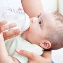 مواد مغذی لازم برای نوزاد را از ذخایر بدن مادر برداشت کند. محققان مصرف مواد خوراکی زیر را به مادران شیرده برای افزایش شیر مادر توصیه می کنند.