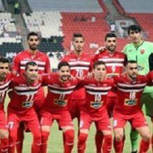 پرسپولیس و الهلال فردا به مصاف یکدیگر خواهند رفت که نماینده ایران با لباس های قرمز به مصاف آبی پوشان عربستانی می روند. پیراهن پرسپولیس برای بازی با الهلال