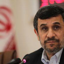 کاریکاتور -«احمدینژاد، محکوم به جبران تخلف ۴ هزار و ۶۰۰ میلیارد تومانی شد.» سوژه سعید شعبانی در نیشخط