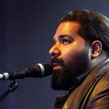 در واکنش تازه رضا صادقی به صدور حکم دو سال حبس با انتشار متنی تازه از هوادارانش خواست به هیچیک از هنرمندان و افراد توهین نکنند.