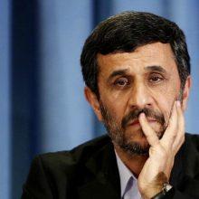 رئیس جمهور دولت دهم در سال ۸۸ محکوم به جبران ۴۶.۰۱۰ میلیارد ریال از طریق انتقال این مبلغ از حسابهای درآمدی شرکت ملی نفت به خزانه شد. محکومیت احمدینژاد