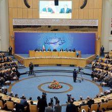 حجت الاسلام حسن روحانی روز سه شنبه در نخستین اجلاس ملی گزارش اجرای حقوق شهروندی با بیان اینکه رونمایی از منشور حقوق شهروندی، انتخاباتی نبود