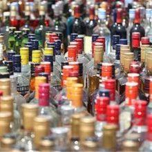معاون اجتماعی دادگستری خراسان رضوی از کشف ۲۸۵ بطری انواع مشروبات الکلی خارجی در سوپر مارکتی در مشهد با گزارشات دیدهبانان پیشگیری در مشهد خبر داد.