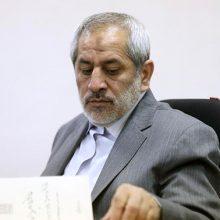 """دادستان تهران از بازداشت یک نفر درباره آنچه که به عنوان"""" دختران خیابان انقلاب """"معروف شده خبر داد و با تاکید بر اینکه تجاهر به گناه جرم است، اعلام کرد که دادستانی به وظایف خود در این زمینه عمل خواهد کرد."""