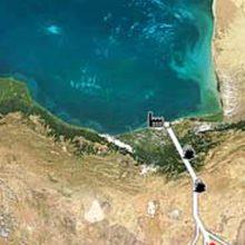 نماینده مردم ساری و میان درود در مجلس گفت: بحث انتقال آب دریای خزر به فلات مرکزی منتفی و در لایحه بودجه نیز ردیفی برای آن در نظر گرفته نشده است.