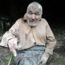 ماجرای مرد گیلانی که 30 سال غار نشینی کرد
