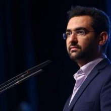 محمدجواد ِآذی جهرمی در اینستاگرام خود تایید کرد که مسافران پرواز تهران-یاسوج از درون هواپیما تماس گرفتهاند، اما قبل از سقوط