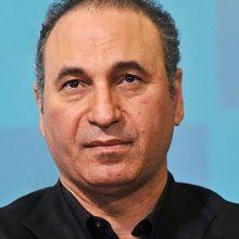 حمید فرخنژاد در پستی اینستاگرامی از دلار پنج هزار تومانی انتقاد کرد.