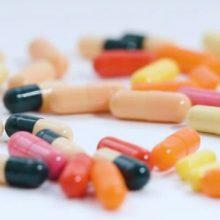 رعایت توصیههای دارویی در سفر از اهمیت بسزایی برخوردار است و بیتوجهی به آن ممکن است بویژه برای برخی از بیماران با مخاطرههایی همراه باشد؛ بر همین اساس است که توجه به این توصیهها؛ توصیههای دارویی در سفر