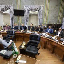 جمعی از بازاریان رشت در دیدار با رئیس شورای اسلامی شهر خواستار رفع مشکلات پیرامون بازار شدند، دیدار بازاریان رشت با رئیس شورای شهر