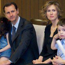 بشار اسد، رئیس جمهور سوریه و خانوادهاش این کشور را ترک نکردهاند و ادعاها در باره خروج آنها از سوریه صحت ندارد.