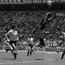 قانون تعویض برای اولین بار در جام جهانی ۱۹۷۰ مکزیک به مرحله اجرا درآمد.