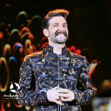 خبر راست : همزمان با اعیاد مبارک شعبانیه حمید هیراد با اجرای آهنگهای فولکلوریک گیلان بر روی استیج رفت. کنسرت حمید هیراد