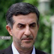 وکیل مدافع اسفندیار رحیم مشایی میگوید شایعات مطرح شده در خصوص موکلش به هیچ وجه صحت ندارد و مشایی در سلامت کامل به سر میبرد.