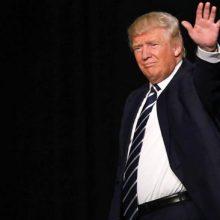 دونالد ترامپ رییسجمهور آمریکا در سخنانی در کاخ سفید به طرح ادعاهای واهی علیه ایران پرداخت و با جوسازی علیه کشورمان گفت: من میخواهم دنیا را مطلع کنم از اقداماتی برای جلوگیری از دستیابی ایران به سلاح هستهای. خروج از برجام