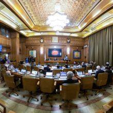 صبح امروز با 21 رأی، اعضای شورای شهر تهران آقایان محمدعلی افشانی و سمیع الله حسینی مکارم را به عنوان دو گزینه شهرداری تهران انتخاب کردند