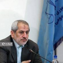 دادستان تهران از آغاز تحقیقات از ۱۰۰ شرکت دریافت کننده ارز دولتی خبرداد و گفت: استنکاف مدیران بانکها از اعلام گردشهای پولی کلان افراد به دادستانی