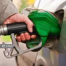 با وجود خبرهای فراوانی که بهتازگی در مورد افزایش قیمت یا سهمیهبندی بنزین منتشر شده، اما معاون وزیر نفت اعلام کرد دولت برنامهای برای تغییر قیمت بنزین ندارد