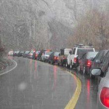 اعمال محدودیتهای ترافیکی/ جادههای گیلان لغزنده است