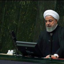 حسن روحانی صبح امروز در جلسه علنی مجلس برای تقدیم لایحه بودجه سال 98 گفت: لایحه بودجه 98 در شرایطی تقدیم مجلس میشود