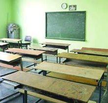 کتک زدن یک معلم در رستم آباد رودبار